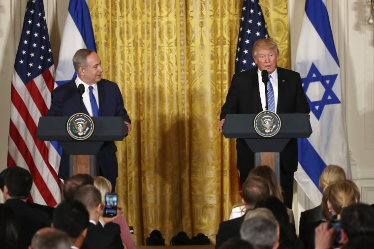 Image: Trump and Netanyahu hold a joint press conference