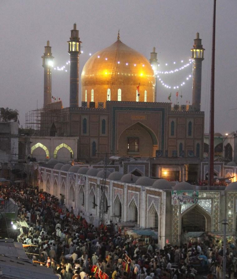 Image: Shrine of Lal Shahbaz Qalandar