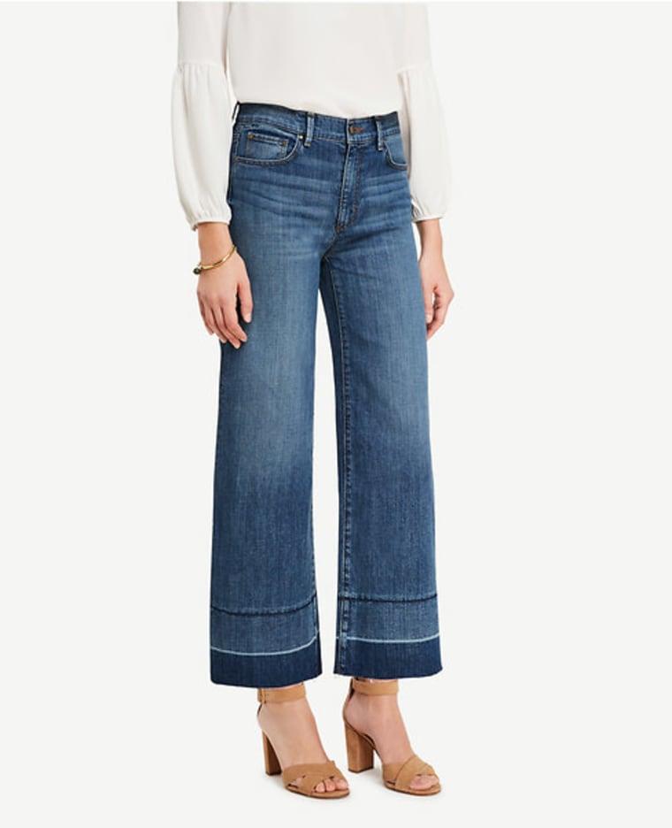 Wide Leg Cropped Raw Hem Jean
