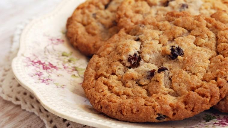 Healthy Oatmeal Raisin Cookies