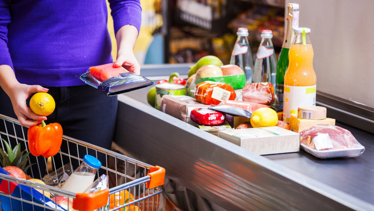 How to pick the fastest grocery store checkout line