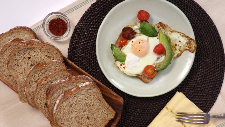 Quick Baked Eggs with Avocado and Tomato