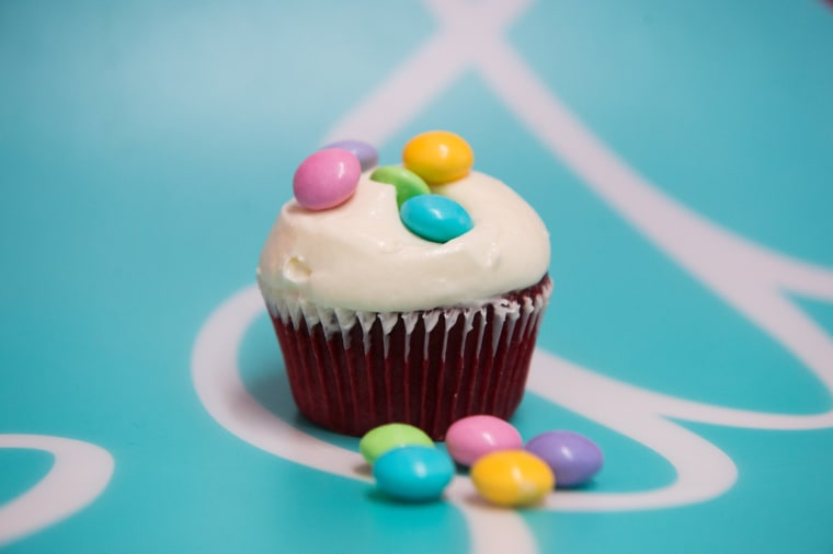 Vanilla cupcake MM's call for cupcakes all around!