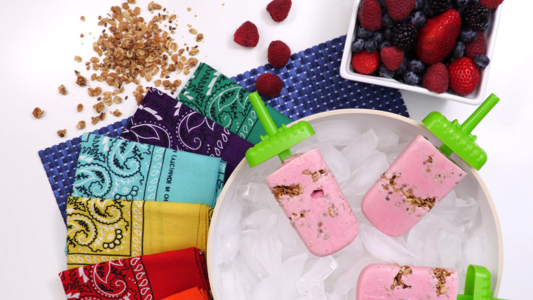 Berry Yogurt Granola Smoothie Popsicles