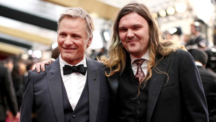 Viggo and Henry Mortensen on Oscars red carpet