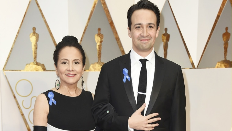 Lin-Manuel Miranda and his mother on Oscars red carpet
