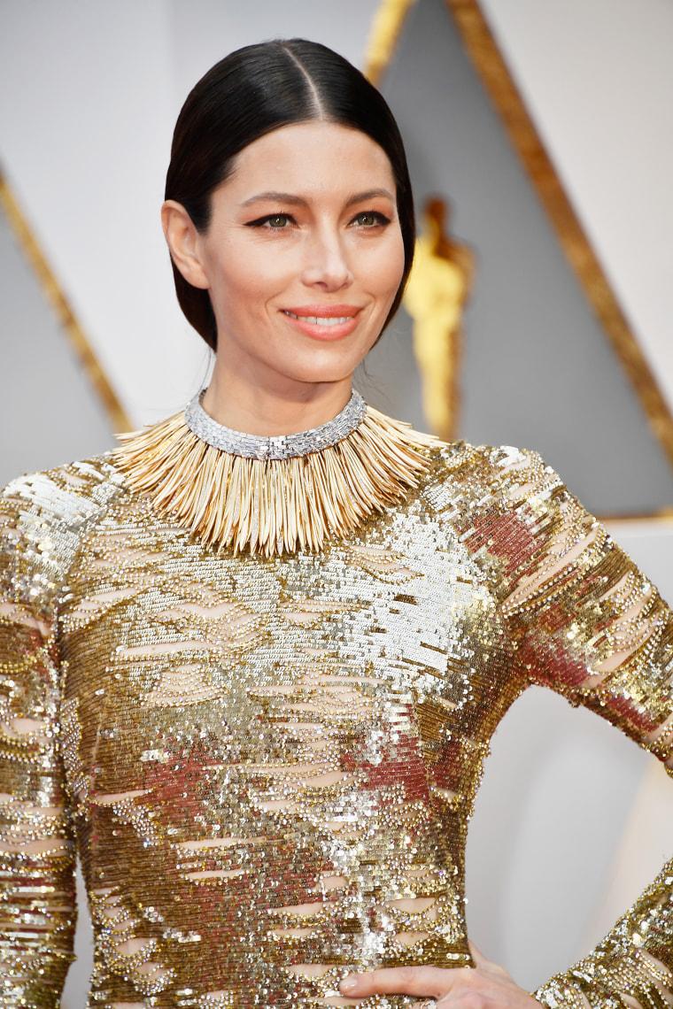 Jessica Biel Oscars red carpet 2017