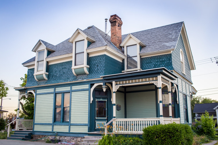 Encircle LGBTQ+ Family and Youth Resource Center in Provo, Utah