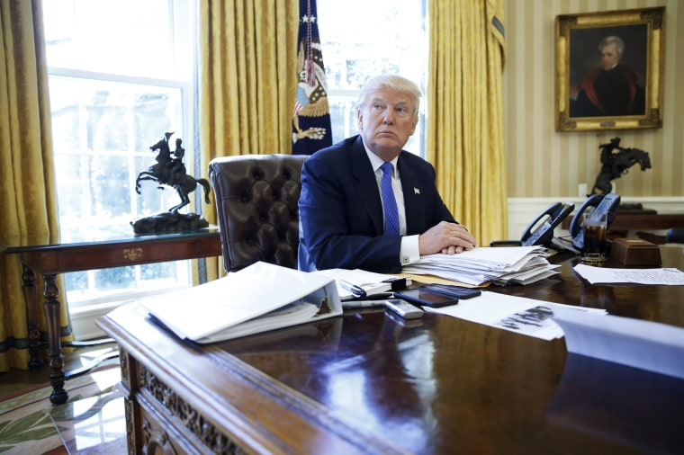 Image: Trump is interviewed by Reuters in the Oval Office at the White House