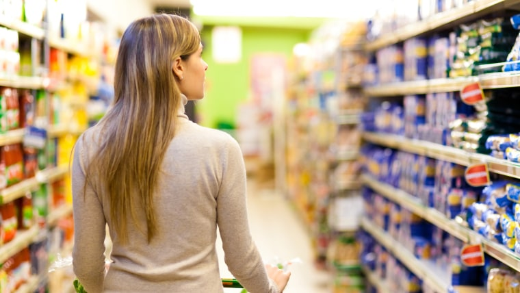 The best and worst times to go to the grocery store
