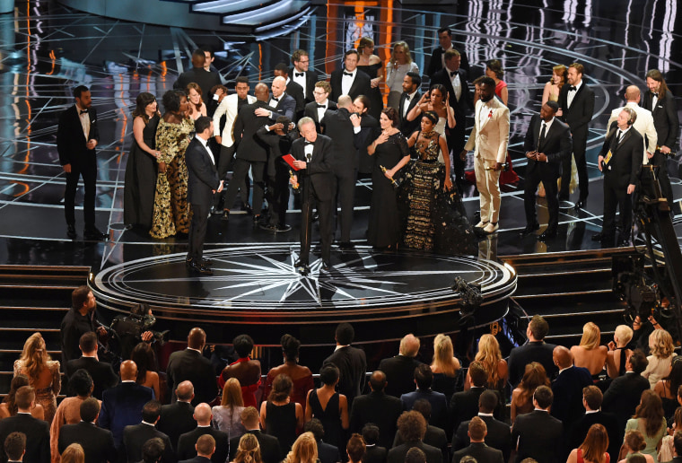"Image: The cast of ""Moonlight"" and """"La La Land"" appear on stage"