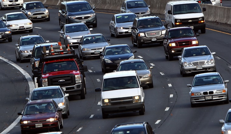 Image: Holiday Travel Gets Underway Ahead Of Thanksgiving Weekend