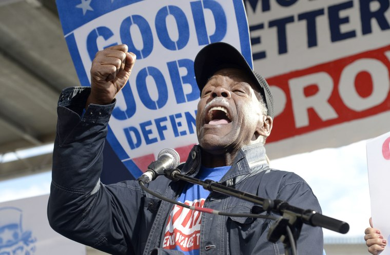 Image: Actor Danny Glover joins striking federal contract workers during their rally to hold President-elect Donald Trump accountable to keeping his promise to workers in Washington, DC, Dec. 7, 2016.