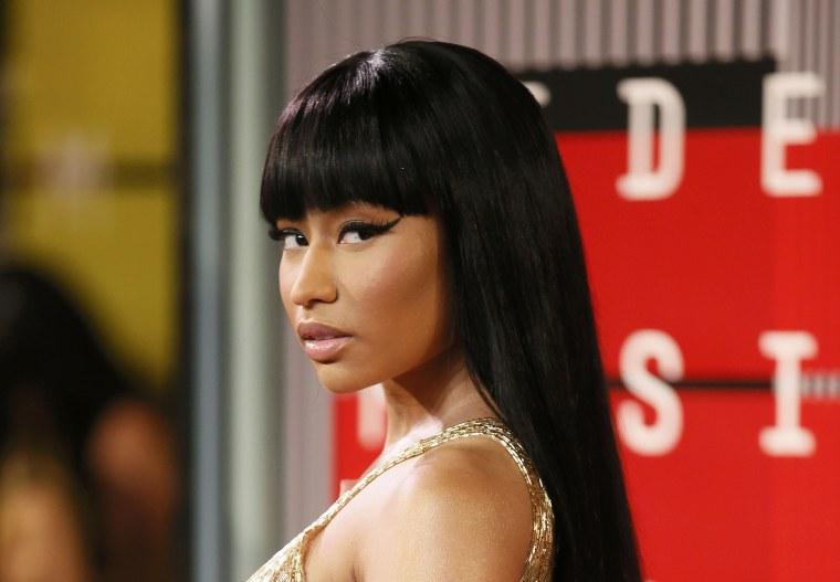 Image: Nicki Minaj arrives at the 2015 MTV Video Music Awards in Los Angeles