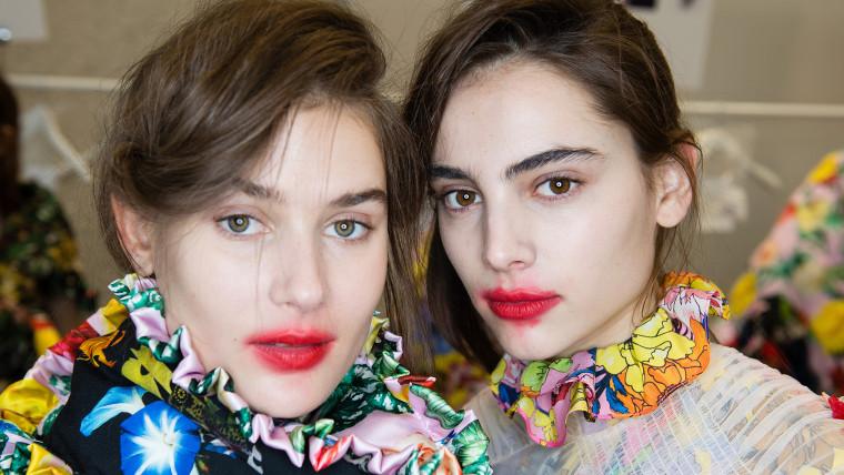 Lollipop lipstick trend