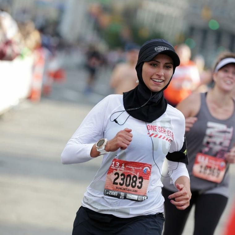 Hijabi runner Rahaf Khatib is participating in the Boston Marathon as part of a sponsored, all-woman team and raising money for Syrian refugees.