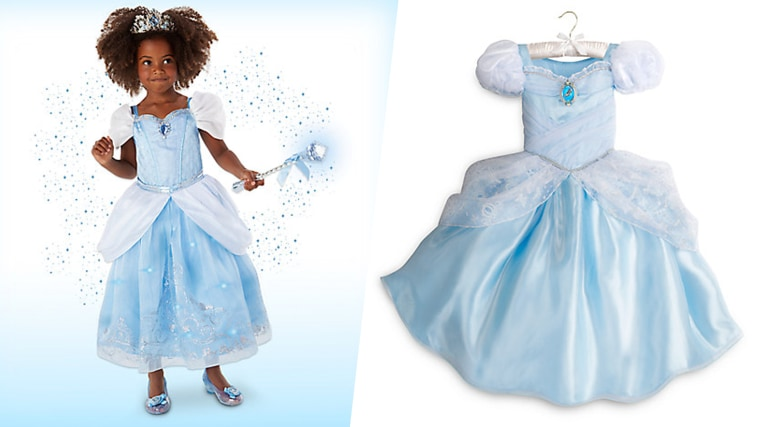 Is Cinderella\'s dress really blue or white? The internet can\'t decide