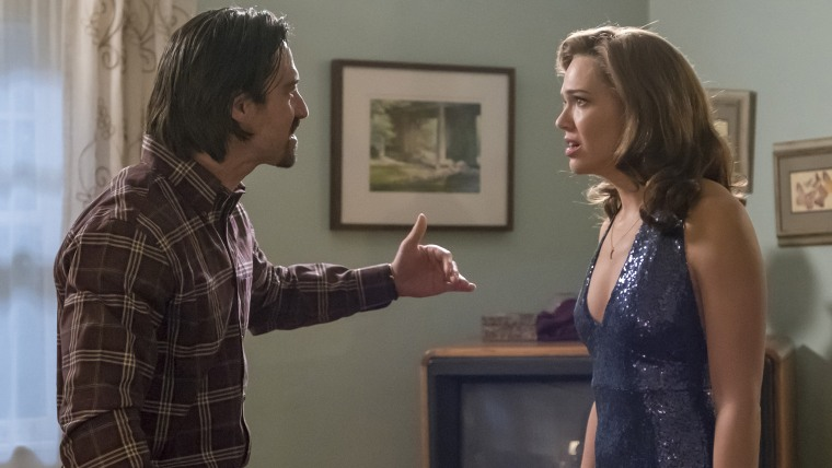 "Milo Ventimiglia and Mandy Moore have a tense scene in the ""This Is Us"" season finale."