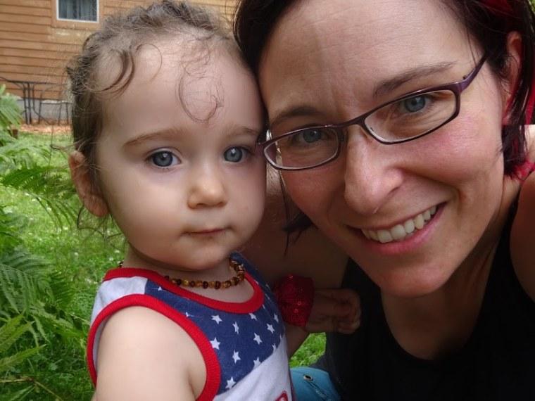 Breastfeeding mom on jury duty sent to a bathroom to pump