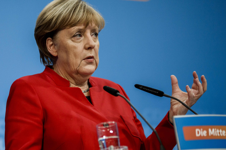 Image: Merkel Announces She Will Run For Fourth Term