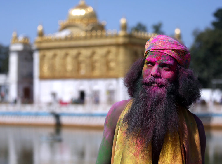 Image: Holi festival celebrations in Amritsar