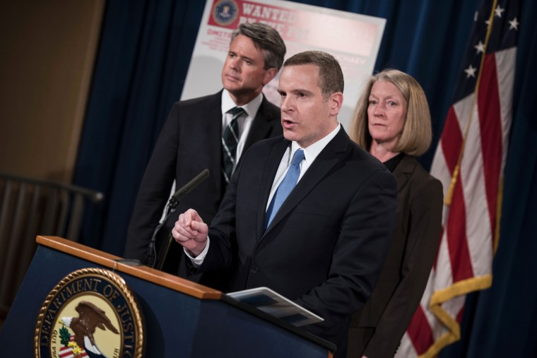 Image: FBI announces criminal charges against three Russians for the 2014 hacking of Yahoo