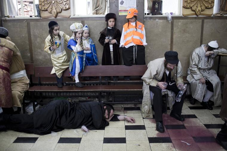 Image: Purim festival in Jerusalem