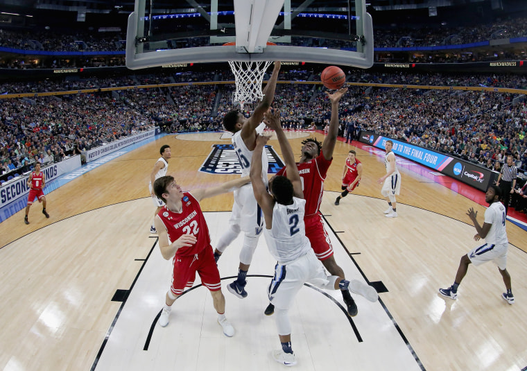 Image: NCAA Basketball Tournament - Wisconsin v Villanova