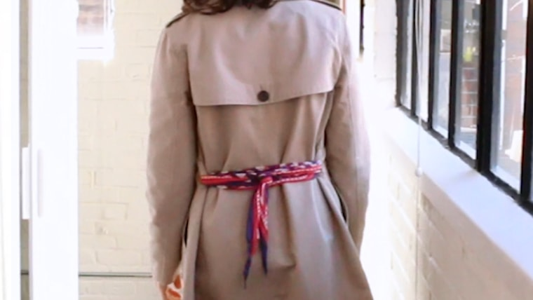 How to tie a trench coat
