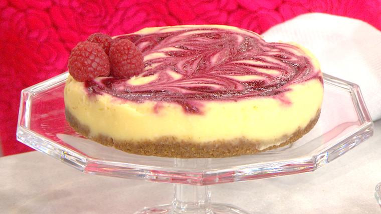Luscious Raspberry Cheesecake