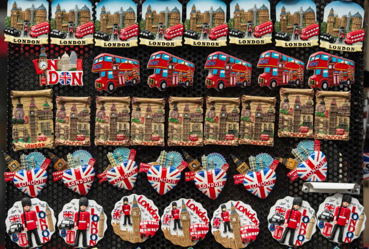 Image: British-themed magnets