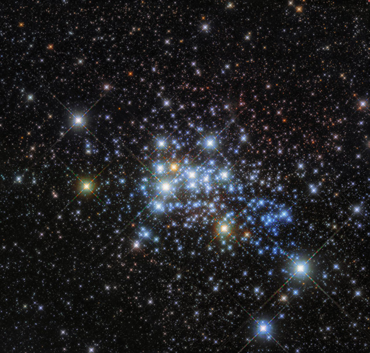 Image: Hubble Hones In On A Hypergiant's Home