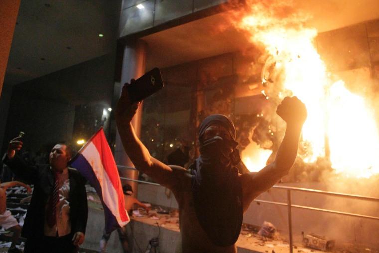 Image: PARAGUAY-POLITICS-PROTEST-UNREST