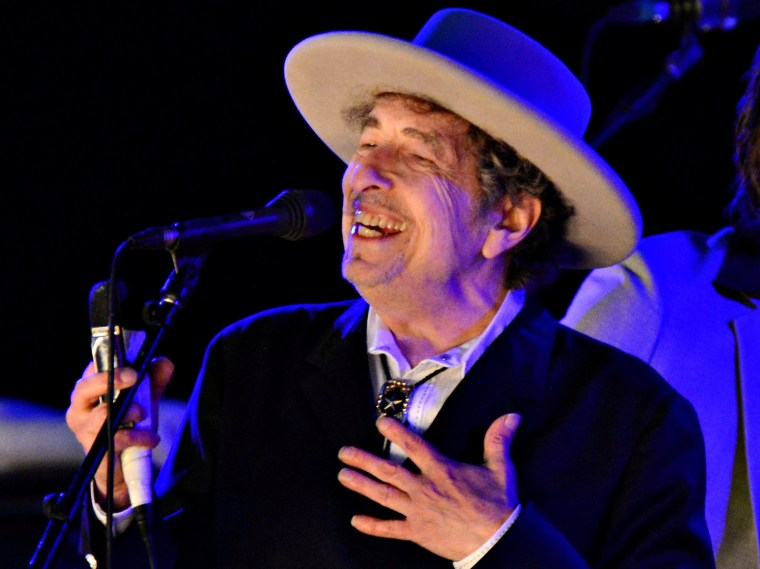 Image: FILE PHOTO: File photo of U.S. musician Bob Dylan performing during on day 2 of The Hop Festival in Paddock Wood