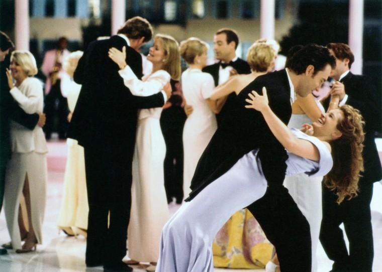 MY BEST FRIEND'S WEDDING, front from left: Dermot Mulroney, Julia Roberts, 1997, (C) TriStar/courtesy