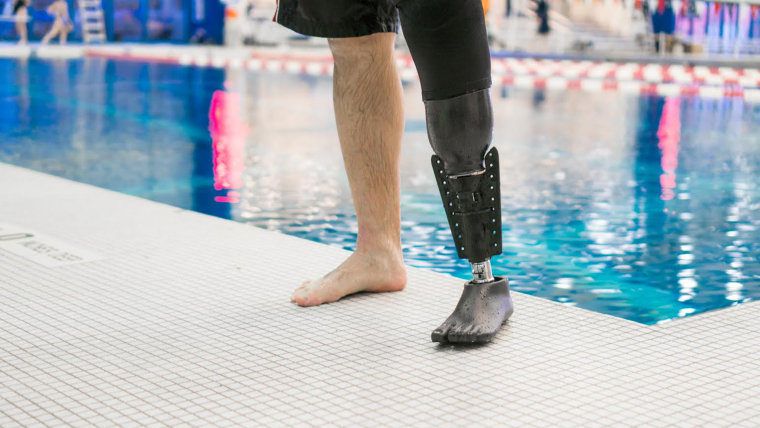 This simple 3D-printed device helped Dan Lasko feel as if he were swimming with both legs again.