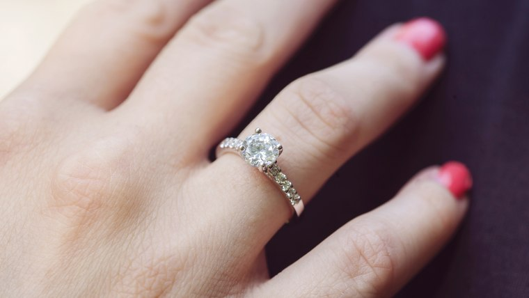 Man tries to crowdfund 15K engagement ring faces backlash