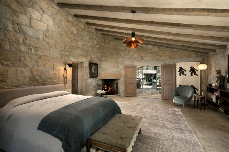 Ellen DeGeneres and Portia de Rossi list their stunning Santa Barbara villa