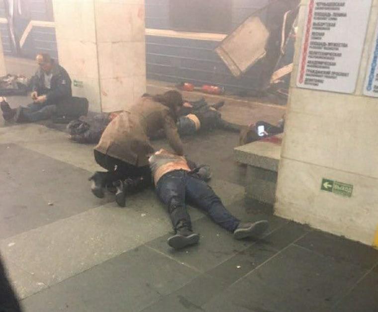 Image: Explosions Rip Through St. Petersburg Metro
