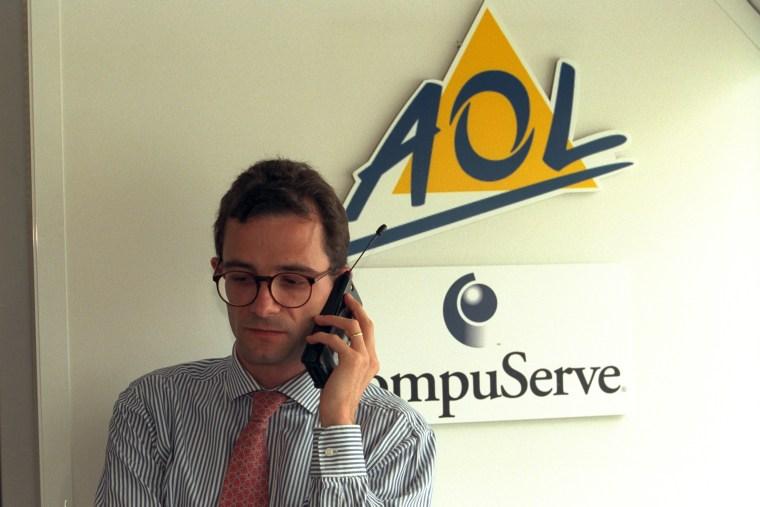 S.TREPPOZ NAMED PRES. OF AOL & COMPUSERVE FRANCE
