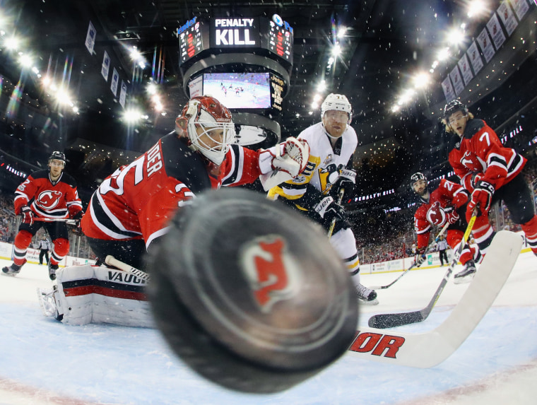 Image: Pittsburgh Penguins v New Jersey Devils