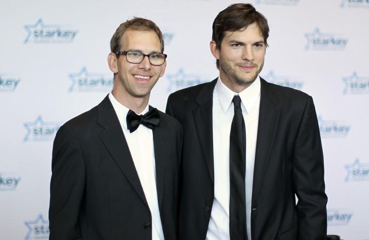 Michael Kutcher and brother Ashton Kutcher