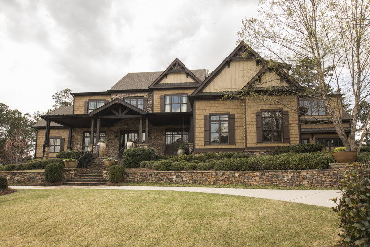 Eric and Jessie James Decker home for sale