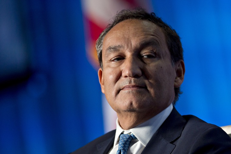 Image: Oscar Munoz, chief executive officer of United