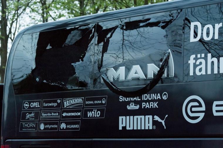 Image: Borussia Dortmund team bus involved in explosion