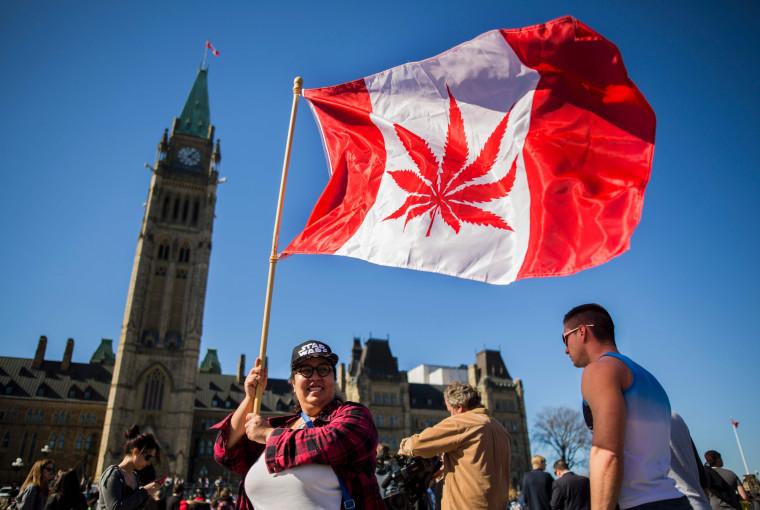Image: FILES-CANADA-POLITICS-DRUGS-MARIJUANA