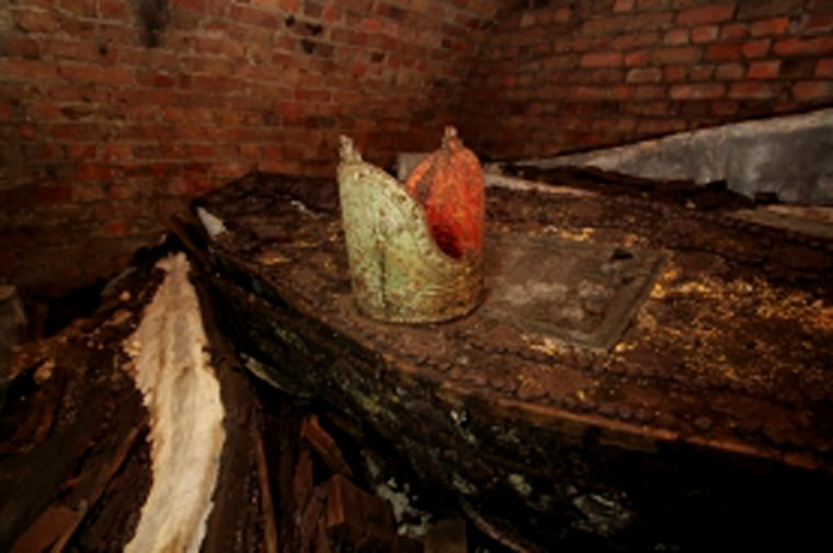 Image: Remnants found in the Archbishop's vault, along with 20 coffins, at the Garden Museum in London.