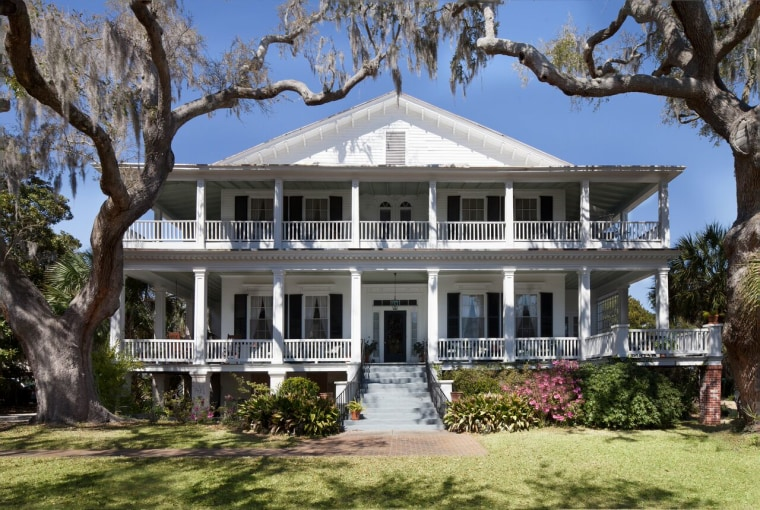 Awe Inspiring The Big Chill House In South Carolina Was Recently Sold Download Free Architecture Designs Sospemadebymaigaardcom