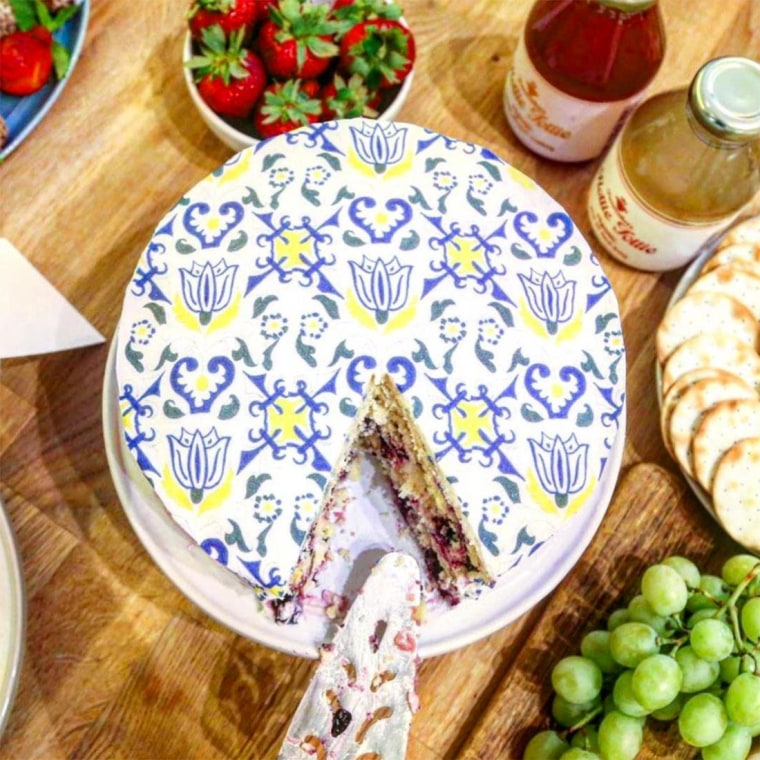 6 Things Every Perfectly Decorated Home Should Have: 6 Spring Trends That Are Perfect For Decorating (and Eating