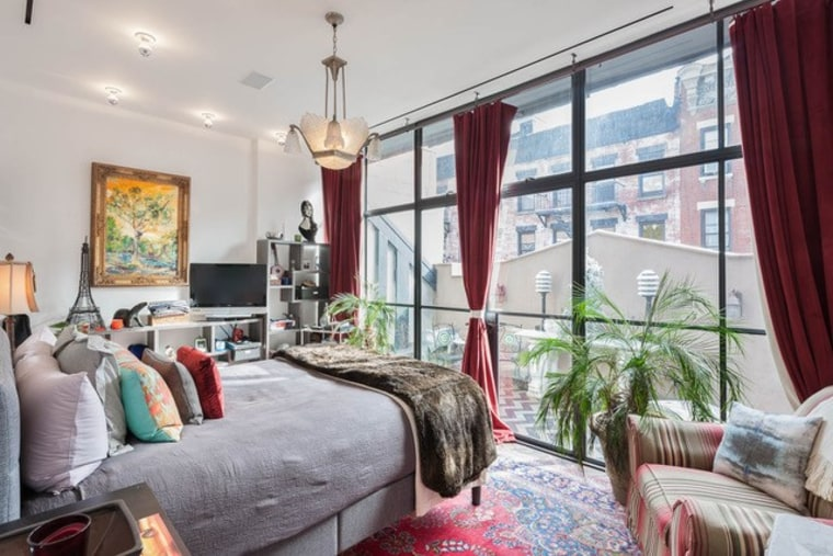Taylor Swift's former NYC rental home